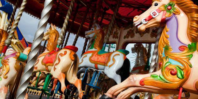 La Ronde retire un cheval de carrousel affichant une tête d'autochtone