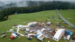 2 morts et 120 blessés dans la destruction d'un chapiteau par la tempête en