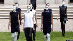 Rad Hourani présente une collection unisexe à l'Arab Fashion