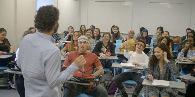 «Les Québécois de la loi 101» : jeunes Québécois cherchent