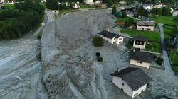 Les images de l'impressionnant glissement de terrain qui a fait huit disparus en