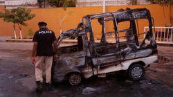 Pakistan: des manifestants attaquent une télévision privée, un