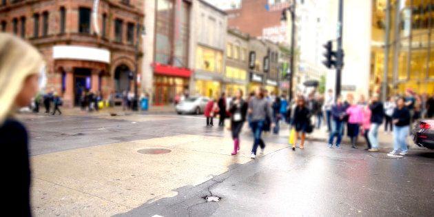 Au recensement de 2011, StatCan donnait pour le Québec une proportion de francophones de 81,2% selon...
