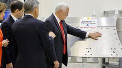 Le vice-président américain fait une gaffe à la NASA et s'en sort plutôt