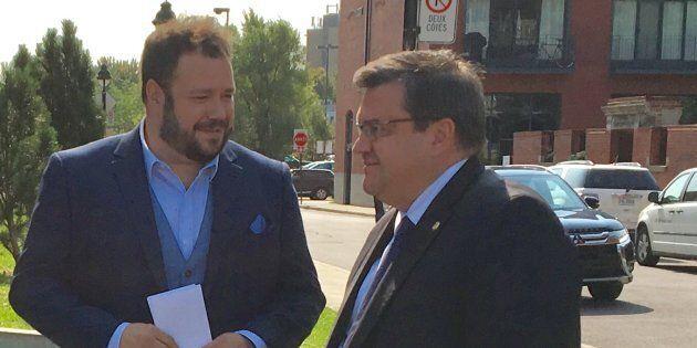 Un Justicier Masqué devient candidat pour le maire