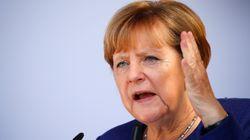 Élections en Allemagne: pour Angela Merkel, le casse-tête de la bonne coalition face à la montée de l'extrême