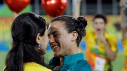 Elle demande sa petite amie en mariage aux Jeux