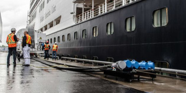 Le navire de croisière de Holland America,