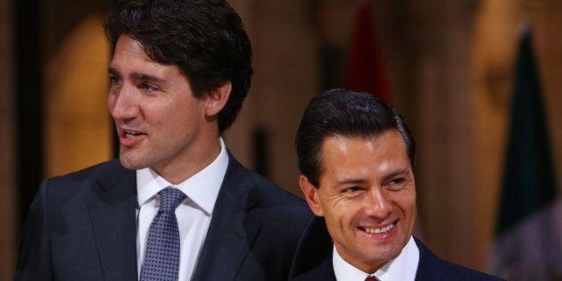 Le premier ministre canadien Justin Trudeau en compagnie du président mexicain Enrique Peña