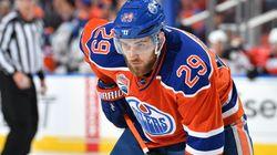 Les Oilers concluent un pacte de huit saisons avec Leon