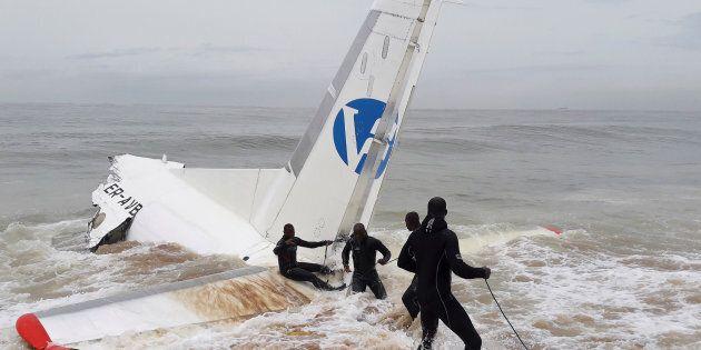 Côte d'Ivoire: un avion s'écrase au large d'Abidjan, 4