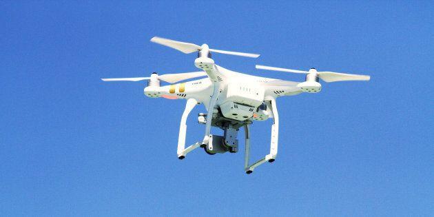 Le ministre Marc Garneau «soulagé» que la collision entre un drone et un avion n'ait pas fait de dommages