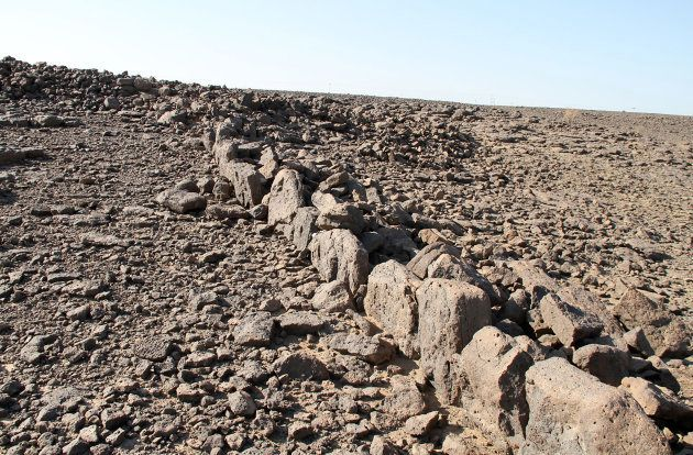 Les mystérieuses structures de pierre du désert