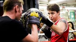 Justin Trudeau enfile ses gants de boxe à New