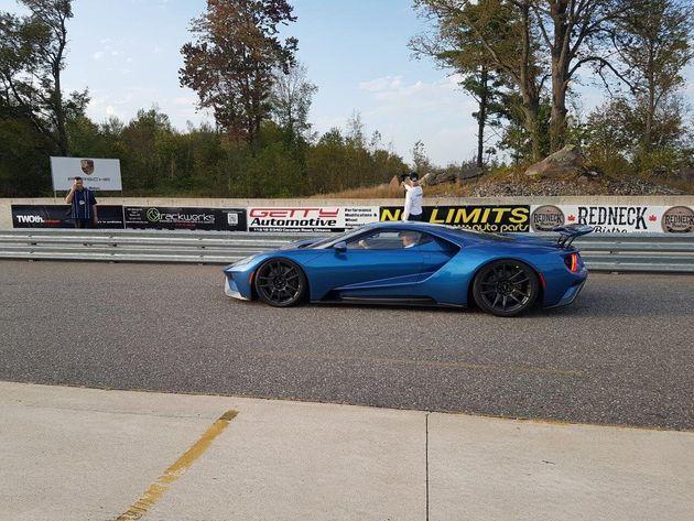 Ford livre l'une des premières Ford GT 2017 canadiennes à