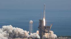 Dix satellites lancés et atterrissage réussi pour