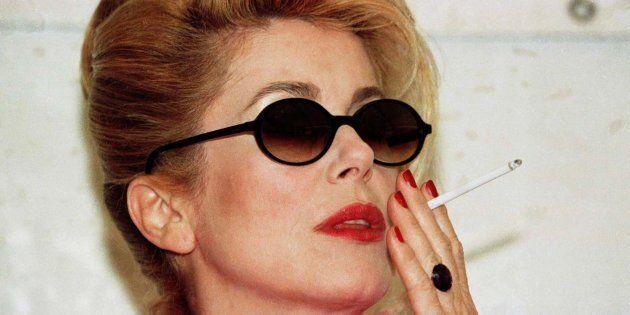 Interdisons la cigarette au cinéma mais ne nous arrêtons pas là, interdisons l'alcool, les armes et les...