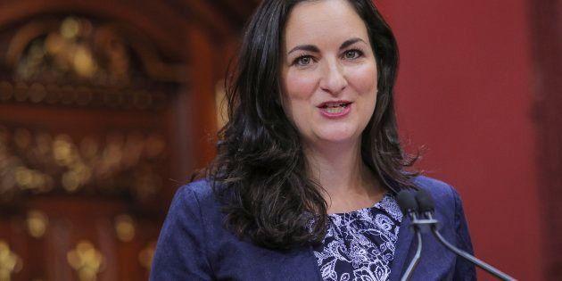 Adidas: la ministre Montpetit veut plus que des