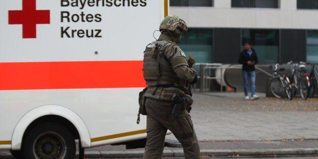 Allemagne: 8 personnes blessées au couteau, l'auteur présumé