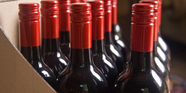 Vente d'alcool: les Canadiens opposés aux barrières entre les
