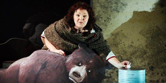 Ma petite boule d'amour: l'ours chante le