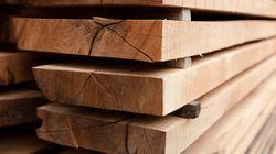 Baisse des tarifs sur les exportations de bois d'oeuvre aux États-Unis, sauf pour deux