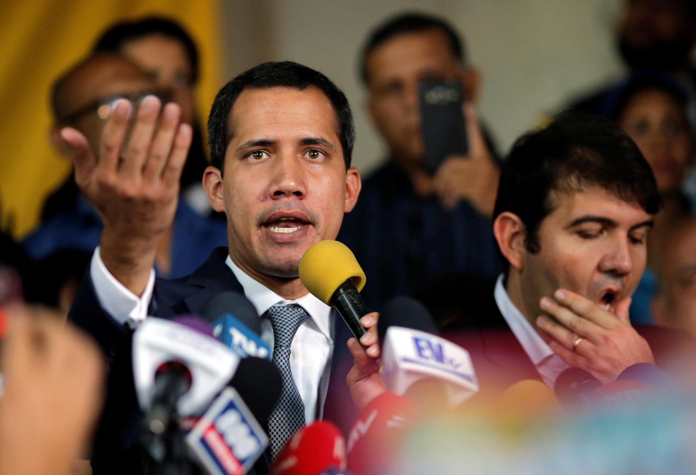 """Guaidó: """"El chavismo disparó a nuestro pueblo porque ya no tiene el"""