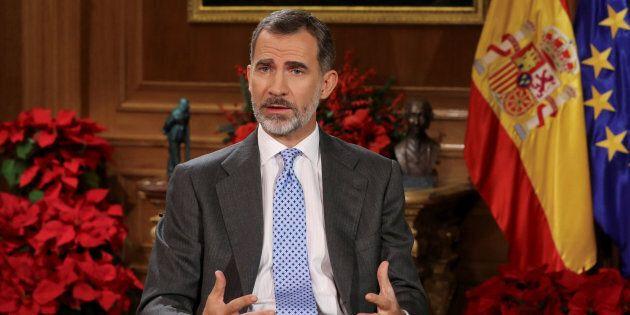 Le roi d'Espagne demande aux élus catalans d'éviter un nouvel