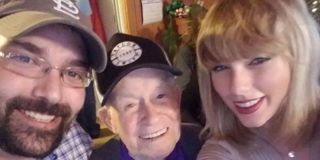 Taylor Swift a fait le plus beau des cadeaux de Noël à ce grand-papa de 96 ans