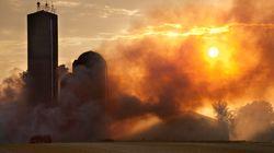 Environ 80 vaches périssent dans l'incendie d'une ferme laitière près de