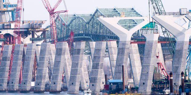Réunion d'urgence concernant le pont
