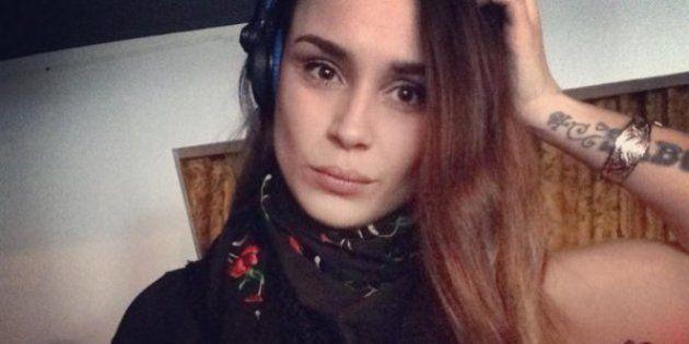 Sabrina Sabotage mordue au visage par un