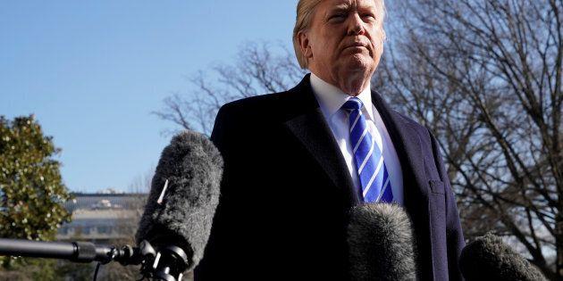 Trump assure qu'il n'a pas l'intention de limoger le procureur