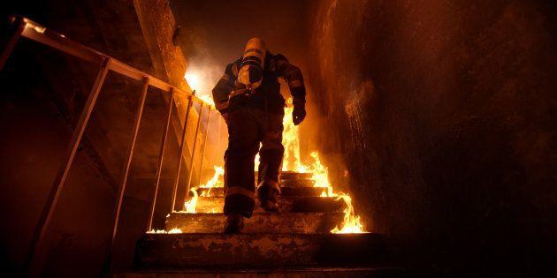 Une personne périt dans un incendie dans