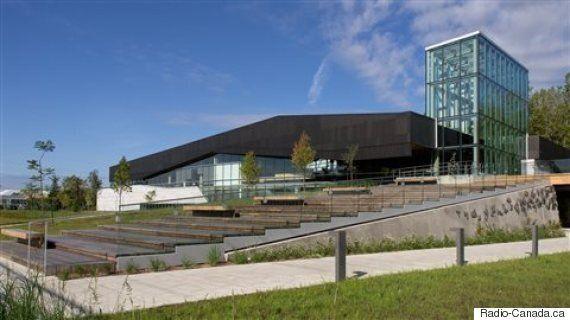 Saint-Laurent veut mettre un terme aux horreurs architecturales au
