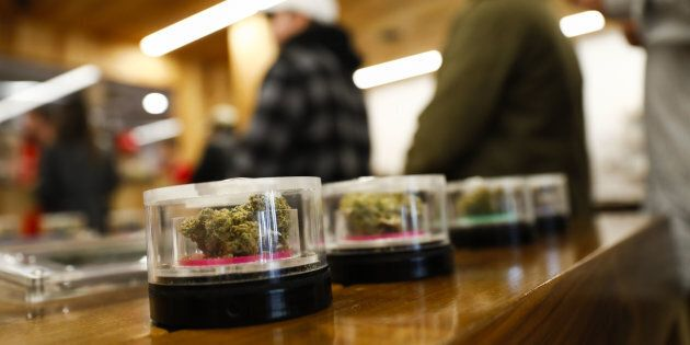 Le cannabis légal devrait générer 40 milliards de dollars en