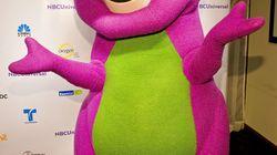 L'homme qui jouait Barney a une entreprise de sexe