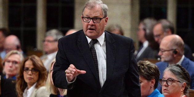 Le ministre l'Agriculture Lawrence