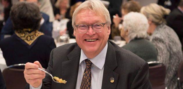 Le ministre de la Santé, Gaétan