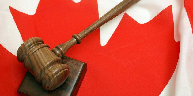 Le juge militaire en chef du Canada fait face à trois