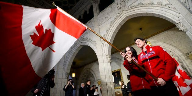 Tessa Virtue et Scott Moir seront les porte-drapeaux du Canada aux Jeux olympiques de