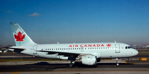 Un cas de rougeole dans un vol d'Air Canada: plusieurs passagers