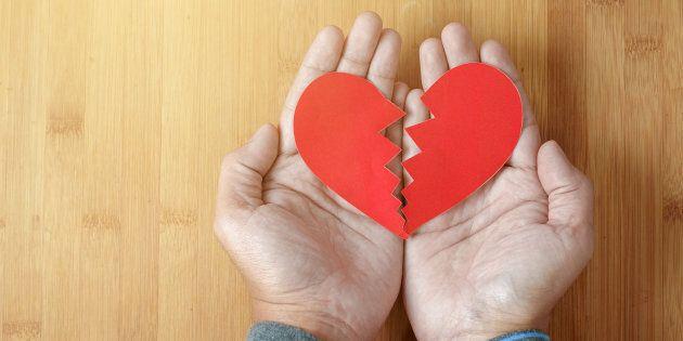 La CSQ distribuera des coeurs brisés pour soutenir le personnel dans la