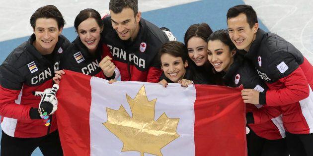 Le Canada remporte la médaille d'or en patinage artistique par
