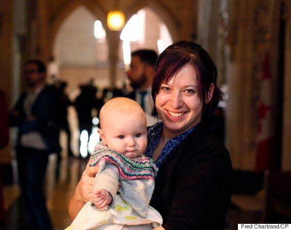 Christine Moore et sa fille ont rendu le Parlement plus accessible aux