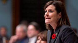 Plan d'action contre l'homophobie: la ministre Vallée consulte à