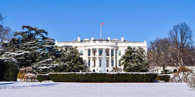La Maison-Blanche en confinement après des coups de