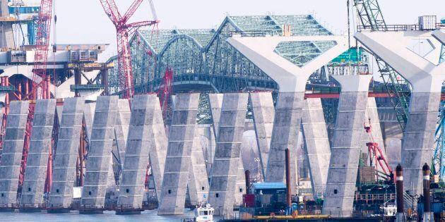 La facture du nouveau pont Champlain grimpera... et il pourrait être livré en