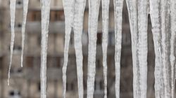 Chutes sur la glace: trois fois plus d'appels au 9-1-1, des ambulances en