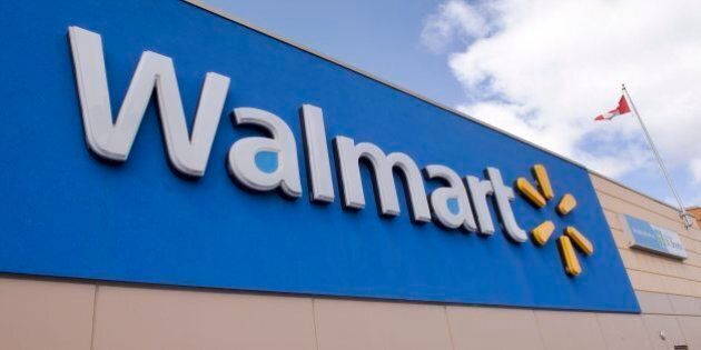 Walmart Canada n'acceptera plus les cartes Visa, jugeant les frais «trop